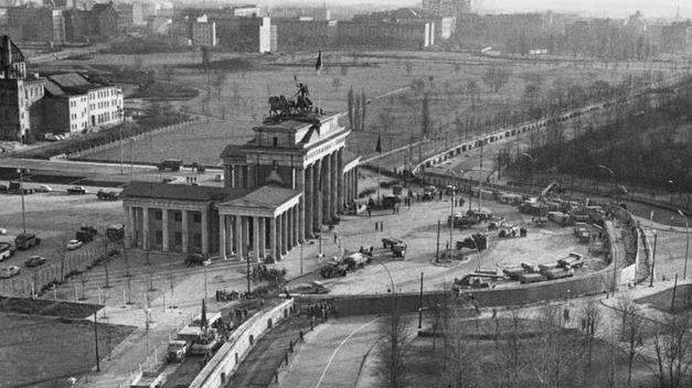 alemanes-desconoce-construccion-Muro-Berlin_TINIMA20140810_0331_20