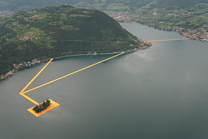 christo-and-jeanne-claude-floating-piers-lake-iseo-italy-designboom-010