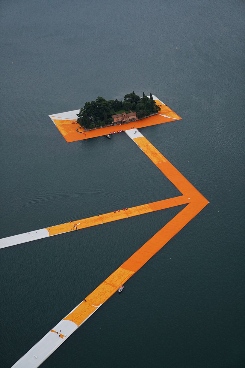 christo-floating-piers-open-to-the-public-in-lake-iseo-italy-designboom-108